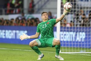 Đặng Văn Lâm cứu thua nhiều thứ 3 tại Asian Cup
