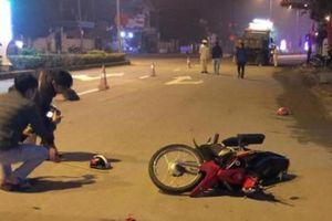 Quảng Trị: Va chạm với xe ben, hai con ngồi sau xe cha tử vong