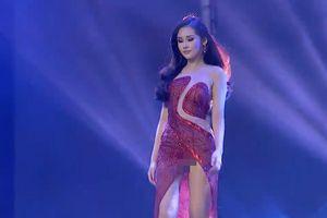 Chiếc váy 'phản chủ' khiến Ngân Anh 'lộ hàng' lần thứ 3 trong đêm chung kết Miss Intercontinental
