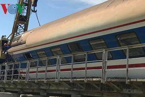 Khắc phục xong sự cố tàu SE1 trật ray tại Bình Thuận