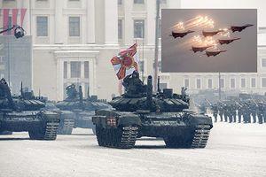 Xe tăng, máy bay Nga tham gia diễu binh kỷ niệm 75 năm giải phóng Leningrad