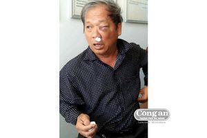 Nhà báo bị côn đồ tấn công