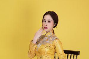 Hoa hậu được yêu thích nhất Miss Glam World 2018 khoe khéo vòng eo 58 cm với áo dài