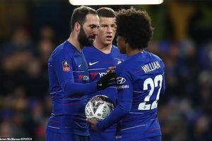 Higuain ra mắt, Chelsea dễ dàng 'đè bẹp' Sheffield Wednesday