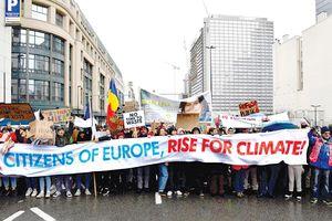 Giải quyết khủng hoảng khí hậu - khôi phục niềm tin cử tri châu Âu