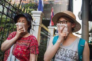 Đồng loạt đóng cửa hơn 400 trường học tại Bangkok, Thái Lan