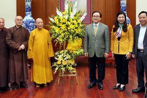 Đoàn đại biểu Thành hội Phật giáo Hà Nội chúc Tết lãnh đạo Thành phố