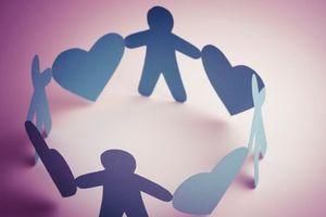 Hoàn cảnh khó khăn của hai cháu bé vừa mất mẹ