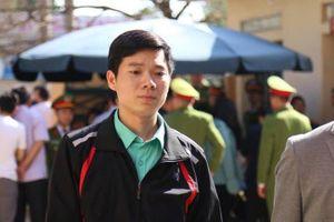 Hoàng Công Lương rưng rưng: 'Tôi rất sốc khi bị tuyên phạt 42 tháng tù'