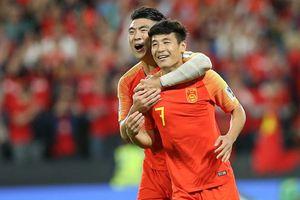Ngôi sao số 1 của Trung Quốc tự tin tỏa sáng ở Tây Ban Nha