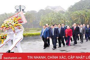 Lãnh đạo Hà Tĩnh dâng hương nhân kỷ niệm 89 năm ngày thành lập Đảng và đón Xuân Kỷ Hợi