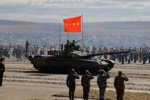 Quân đội Trung Quốc không biết cách sử dụng xe tăng mới vì quá hiện đại