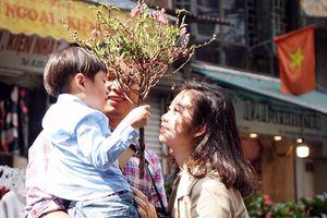 Hương vị Tết xưa ở chợ hoa nổi tiếng Hà Thành