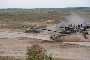Sợ hãi T-72, T-90 Nga, Ukraine ráo riết hồi sinh 'tăng bay' T-80