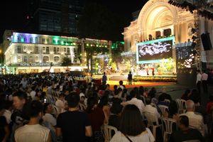 TP.HCM: Chương trình nghệ thuật mừng ngày thành lập Đảng thu hút hàng ngàn khán giả