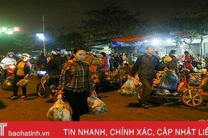 'Đêm trắng' ở chợ đầu mối Hà Tĩnh ngày áp Tết