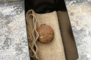 Phát hiện lựu đạn từ Thế chiến I trong bao khoai tây