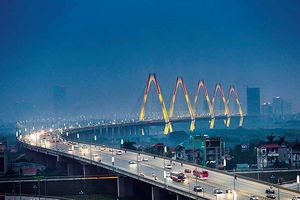 Những cây cầu soi dòng lịch sử