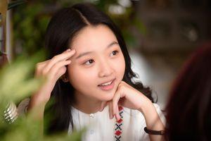 Lâm Thanh Mỹ của 'Tôi thấy hoa vàng': 16 tuổi sẽ đóng cảnh ôm, hôn