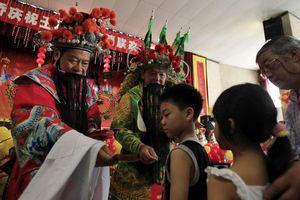 Tết Trung Quốc và những ác mộng trường kỳ