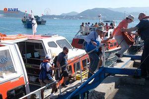 Siêu du thuyền Diamond Princess mang theo hơn 2.600 hành khách 'xông đất' Nha Trang