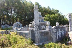 Đi tìm ông 'Ba Bị' nằm trong mộ tháp nơi cổ tự xứ Huế