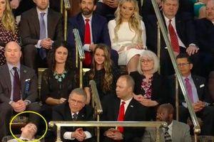 Trở thành 'người hùng' vì ngủ gật khi Tổng thống Mỹ đọc Thông điệp Liên bang