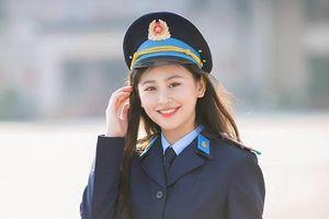 Hoa khôi Imiss Thăng Long 2018: Con gái cảnh sát mạnh mẽ và duyên dáng