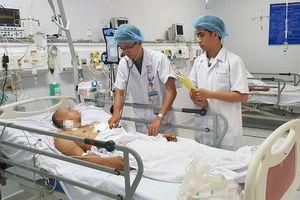 Cứu sống bệnh nhân tự đâm xuyên tim đúng mùng 2 Tết