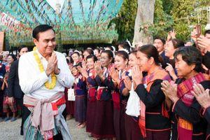 Đương kim Thủ tướng Thái-lan ra tranh cử