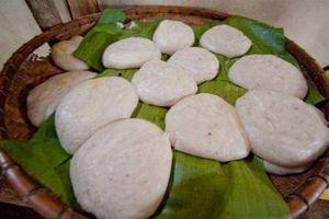 Nét đặc biệt trong chiếc bánh của tình yêu đôi lứa người Mông