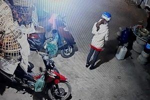 Công an công bố đặc điểm nghi phạm sát hại cô gái giao gà ở Điện Biên