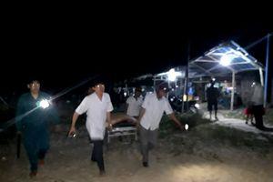 Quảng Nam: 6 học sinh tắm biển bị chết, mất tích