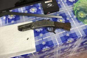 Truy bắt kẻ nổ súng bắn vợ cũ tối mùng 3 Tết