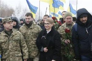 Bầu cử căng thẳng, Ukraine tập trận sát Crimea