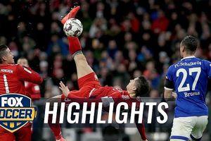 Bayern Munich - Schalke 3-1: Jeffrey Bruma 'tặng quà', Lewandowski, Serge Gnabry thu hẹp khoảng cách