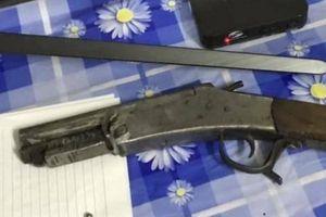 Lời khai của kẻ dùng súng bắn vào đầu vợ cũ tối mùng 3 Tết