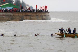 Hải Phòng: Lật thuyền tại lễ hội thuyền Rồng, một người tử vong