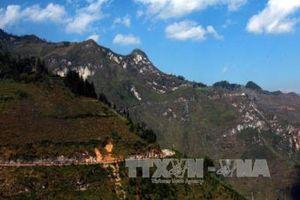 Cao nguyên đá Đồng Văn thu hút hàng ngàn du khách dịp Tết