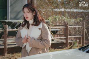 'Phụ lục tình yêu' tập 5: Lee Jong Suk 'ngầm' thể hiện tình yêu sâu đậm cho Lee Na Young - 'Em yêu chị'