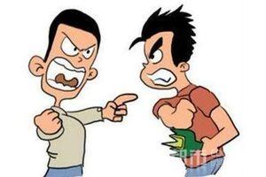 Đình chỉ công tác 2 công an đánh nhau với người khác