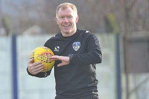 Paul Scholes khởi nghiệp huấn luyện viên tại Anh