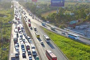 VEC lên tiếng về việc thu phí đường cao tốc