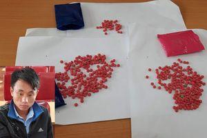 Bắt đối tượng người Mông vận chuyển ma túy