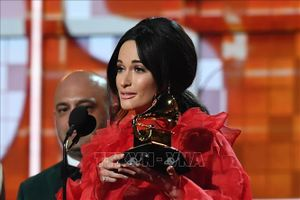Grammy 2019: Ca sĩ Kacey Musgraves đoạt Album của năm với 'Golden Hour'