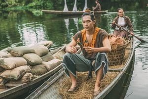 Không thua kém Trung Quốc, phim 'Trạng Quỳnh' của Việt Nam cũng làm kỹ xảo cho diễn viên cưỡi ngựa trên… ghế gỗ
