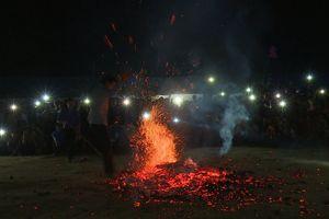Tuyên Quang: Huyền bí lễ hội nhảy lửa của dân tộc Dao đỏ huyện Na Hang