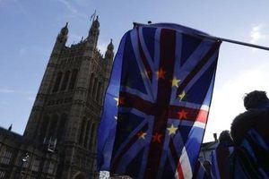 Anh nỗ lực tránh nguy cơ rời EU trong rối loạn