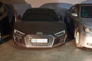 Siêu xe Audi R8 V10 Plus tiền tỷ 'bỏ xó' ở Sài Gòn