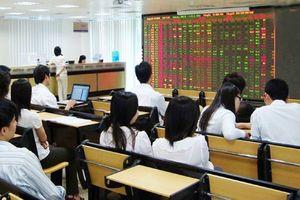 Cổ phiếu 'trùm vàng' PNJ bất ngờ tuột dốc trước ngày 'vía Thần Tài'